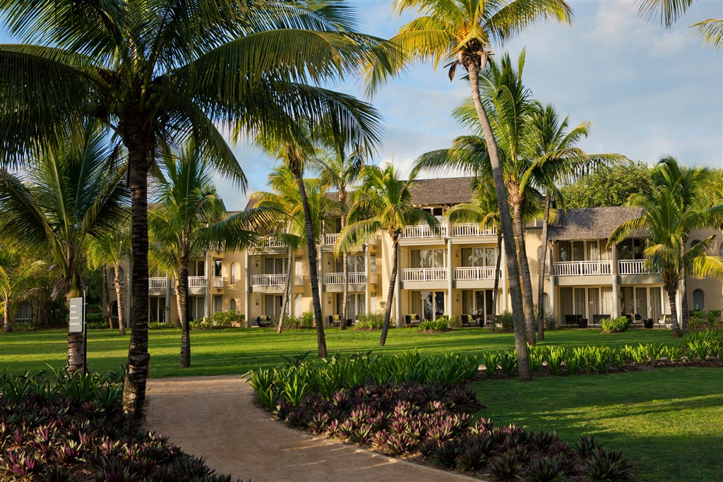 Hotel Outrigger Mauritius Resort and Spa